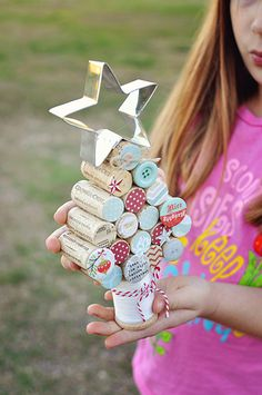 Wine cork Christmas tree - looks easy, pic for inspiration