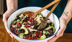 Zapomeňte na to, že zdravá jídla nemůžou být dobrá. Opak je pravdou. Nechte se inspirovat novoročním menu podle blogerů Petra a Gábiny Ogurčákových z blogu P&G foodies a uvidíte, jak si na zdravých pokrmech pochutnáte. #recept #jidlo #zdrave #zdravakuchyne #zdravevareni #recipe #healthy #healthycooking #healthymeal Petra, Foodies, Beef, Ethnic Recipes, Meat, Steak