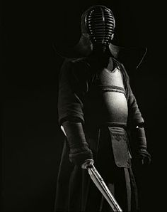 Bushido: Kendo:剣道 is the way that leads to the soul of Samurai. Just like the Fencing leads to chivalry. Japanese Fence, Japanese Sword, Japanese Art, Japanese Things, Kendo, Aikido, Cyberpunk, Fortes Fortuna Adiuvat, Samurai Art