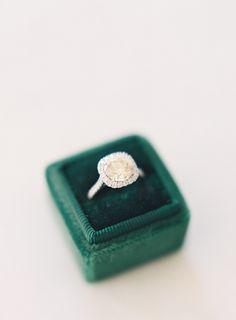Photo by Jen Huang | The Mrs Box | Velvet Green Ring Box | French Velvet | Faux Antique Ring Box | JenHuangBlog.com | Sunstone Villa Wedding