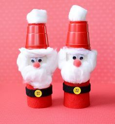These cute little Santas are made from toilet rolls and little red cups! Easy to make for the kids this Christmas!