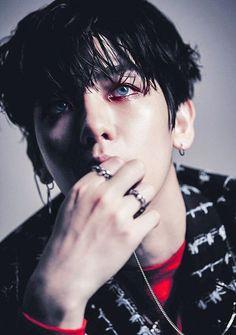 black wet asian boy hairstyle \ Baek-hyun