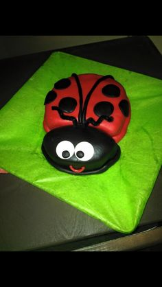 1yr old birthday smash cake. Who doesn't love lady bugs?! Made 2015