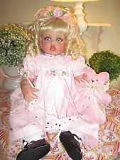 FayZah Spanos CoLLecTiBLle DoLL*Beautiful 26in. Vinyl baby *SUPER CLEAN* New WIG