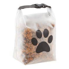 Why didn't someone think of this sooner? Our Reusable Pet Food Storage Bag makes it a snap to take your pet's favorite food or snacks to the doggie daycare, gro Pet Food Storage, Storage Ideas, Diy Storage, Dog Rooms, Dog Daycare, Dog Supplies, Party Supplies, Cat Food, Pet Care