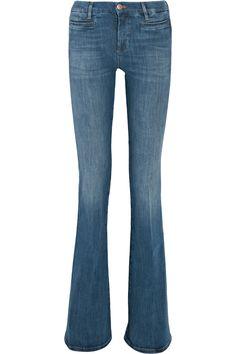 Gigi Hadid Ditched Skinny Jeans for This Major Denim Trend via @WhoWhatWearUK