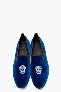 ALEXANDER MCQUEEN Royal blue velvet skull-embroidered loafers