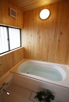 「欄間のある家 ハーフユニット上部ヒノキ貼の浴室」プロダクトNo.165788