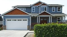 Contemporary craftsman home, Built Green Certified. By Sockeye Homes.