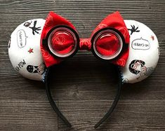 Incredibles, No Capes, Pixar, Disney Ears, Mouse Ears - Mickey Ears! Disney Ears Headband, Diy Disney Ears, Disney Minnie Mouse Ears, Disney Headbands, Disney Bows, Disney Diy, Disney Crafts, Ear Headbands, Disney Outfits