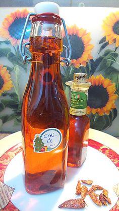 Schnelles Chiliöl, ein beliebtes Rezept mit Bild aus der Kategorie Gewürze/Öl/Essig/Pasten. 1 Bewertung: Ø 3,3. Tags: Gewürze Öl Essig Pasten, Grundrezepte