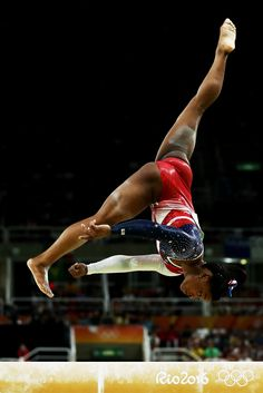 American gymnast Simone Biles lands her fourth gold medal in the 2016 Rio Olympics. Team Usa Gymnastics, Gymnastics Facts, Gymnastics Images, Gymnastics Posters, Olympic Gymnastics, Artistic Gymnastics, Gymnastics Girls, Gymnastics Stuff, Rio Olympics 2016