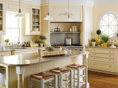 Off White Kitchen Cabinets with White Appliances