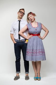 Simon and Martina of Eat Your Kimchi.  They're from Canada and have lived in South Korea for 3-4 years. Great blog BTW!