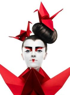 Origami make up red Paper Fashion, Origami Fashion, Fashion Art, Ladies Fashion, Style Fashion, Fashion Ideas, Womens Fashion, Fashion Design, Mode Inspiration