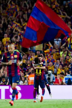 Neymar Santos Jr of FC Barcelona is congratulated by his teammate Lionel Messi after scoring his team's second goal during the Copa del Rey Final between Athletic Club and FC Barcelona at Camp Nou on May 2015 in Barcelona, Spain. Fc Barcelona Neymar, Barcelona Futbol Club, Barcelona Soccer, Neymar Pic, Messi And Neymar, Football Is Life, Football Fans, Lionel Messi, Messi Photos
