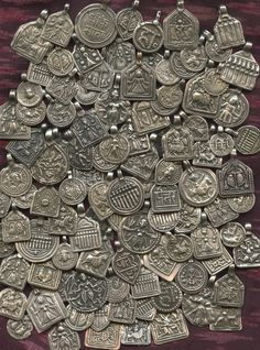 Lost Cities Beads: New Coptic Crosses and Hindu Amulets Hindu amulets at least 75 years old and only $12 each...they won't last long!
