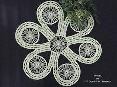 Crochet pattern Wheel https://www.crazypatterns.net/de/items/27774/crochet-pattern-wheel