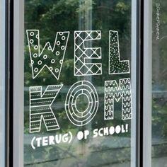 School Murals, New Earth, School Teacher, Easy Drawings, School Posters, Maria Montessori, Back To School, Classroom, Carl Jung
