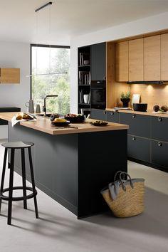 Eine Schwarze Küche Kann Man Leicht Aufwärmen Indem Holz Hinzufügt Se Zeigt Wie Toll Kombination Aussehen