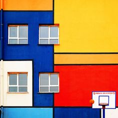 yener torun captures istanbul's architecture as kaleidoscopic color canvasses