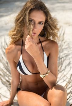 7fdec2be01954 White And Black String Bikini Bottom - Larissa Minatto - Bikiniland  Triangle Top