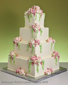 Bells Of Ireland Cake von Jacques Fine European Pastries - Cakes, Glorious Cakes! Floral Wedding Cakes, Cool Wedding Cakes, Elegant Wedding Cakes, Beautiful Wedding Cakes, Gorgeous Cakes, Pretty Cakes, Wedding Cake Toppers, Amazing Cakes, Cake Pictures