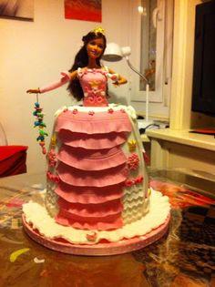 Tarta Cumpleaños Barbie Princesa con Pajarillo. Barbie with Little Bird Princess Cake