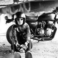 Lady @summercmoon and her trusty Honda CB750. Photo by @fevvvvaa…