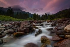 Long exposure mountain stream. Photo by Ander Elexpuru.