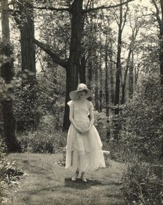 Marion Morehouse by Edward Steichen. 1927.  (via Michael Dobson)