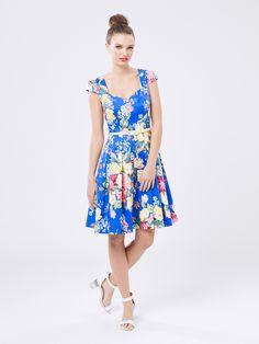 Day Dresses, Blue Dresses, Dress Outfits, Fashion Dresses, Prom Dresses, Floral Dresses, Casual Chic Summer, Sophisticated Dress, Arte Popular