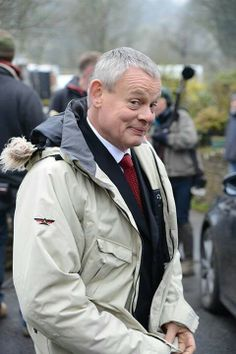 Martin Clunes - during filming Series 6 in 2013. Ermagerd!  I cannot wait to watch the rest of Doc Martin!