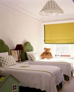 ideas for mom's spare room. you would have to choose your yellows and greens soooo carefully not to.... #packers
