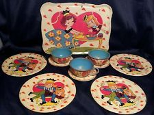 Ohio Art Vintage 11 pc Tin Litho Child`s Doll Tea Set Knave Of Hearts graphics