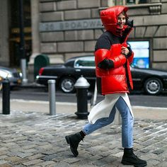 It's official: the puffer coat is back, and the fashion set are embracing it more than ever. Tap the link in our bio to see the best looks outside the #NYFW shows captured by @theoutsiderblog for BAZAAR.com. #glam #stylish #fashion #instafashion #FF