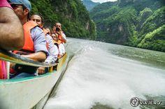 Paseo en lancha a través del Cañón del Sumidero. Chiapas México. El recorrido dura aproximadamente 2 horas.  www.kefdaviajero.com   #travel #kefdaviajero #viajes #travelguide #destinos #mexiko #mexique #mexicoenfotos #