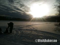 Cross-country skiing at Semsvannet in Asker