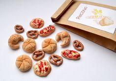 Zestaw dla lalek  pieczywo bułeczki rogaliki pizza w byKokita na DaWanda.com