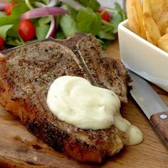 T-bone Steak with Pepper Sauce T Bone Steak, Pepper Steak, South African Recipes, Cast Iron Cooking, Garlic Sauce, Allrecipes, Stuffed Peppers, Treats, Baking