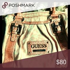 Pink Guess purse NWOT pale pink Guess purse, in perfect condition and never used GUESS Bags Shoulder Bags