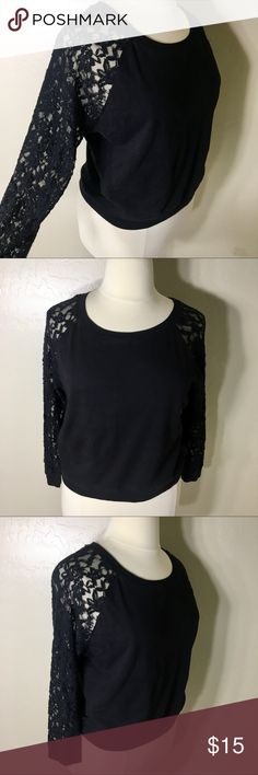BLACE LACE PULLOVER SWEATSHIRT XL LONG SLEEVE This black lace pullover sweatshirt is casually cute! Super cozy and in great condition! Pair with ripped jeans and a red lip! The length of the pullover is shorter then average, it's more like a midriff top. Tops Tees - Long Sleeve