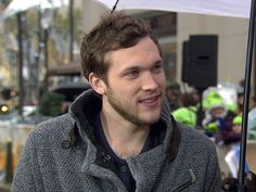 Phillip Phillips says first single's success is 'insane'