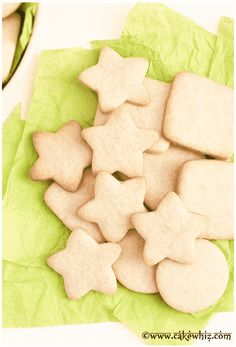 Learn to make a small batch of sugar cookies recipe. This easy sugar cookie recipe requires no chilling. The cookies hold their shape and taste great. Sugar Cookie Recipe Small Batch, Easy Sugar Cookies, Sugar Cookies Recipe, Small Batch Of Cookies, Ghost Cookies, Chip Cookies, Best Cookie Recipes, Holiday Recipes, Fall Recipes