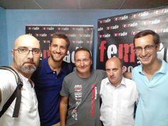 Equipo con Ramon Codina, presidente del Motoclub Bultaco Sport Classic
