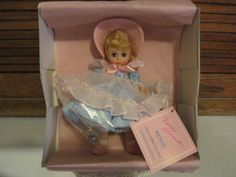 VINTAGE-MADAME-ALEXANDER-WENDY-DOLL-MADC-1989-MINT-IN-BOX-PRISTINE-CONDITION