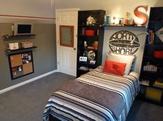 Cool Tween Bedroom - Boys' Room Designs - Decorating Ideas - HGTV Rate My  Space | Tween room makeover | Pinterest | Boys room design, Bedroom boys  and Tween