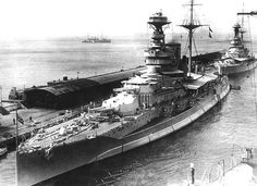 HMS Queen Elizabeth in Harbour Naval History, Military History, Hms Queen Elizabeth, Model Warships, Hms Hood, Capital Ship, British Armed Forces, Royal Marines, Military Photos