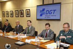 Don Felipe, durante la reunión de trabajo en la Dirección General de Tráfico. Dirección General de Tráfico. Madrid, 06.04.2015