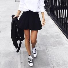 Outfits that will give them pure envy. Amazing style skater skirt outfits ideas - Outfits that will give them pure envy. Amazing style skater skirt outfits ideas You are in the right - Fashion Mode, Urban Fashion, Womens Fashion, Fashion Trends, 90s Fashion, Minimal Fashion, Paris Fashion, Street Fashion, Spring Fashion